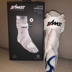 Zamst ankle brace (right foot)
